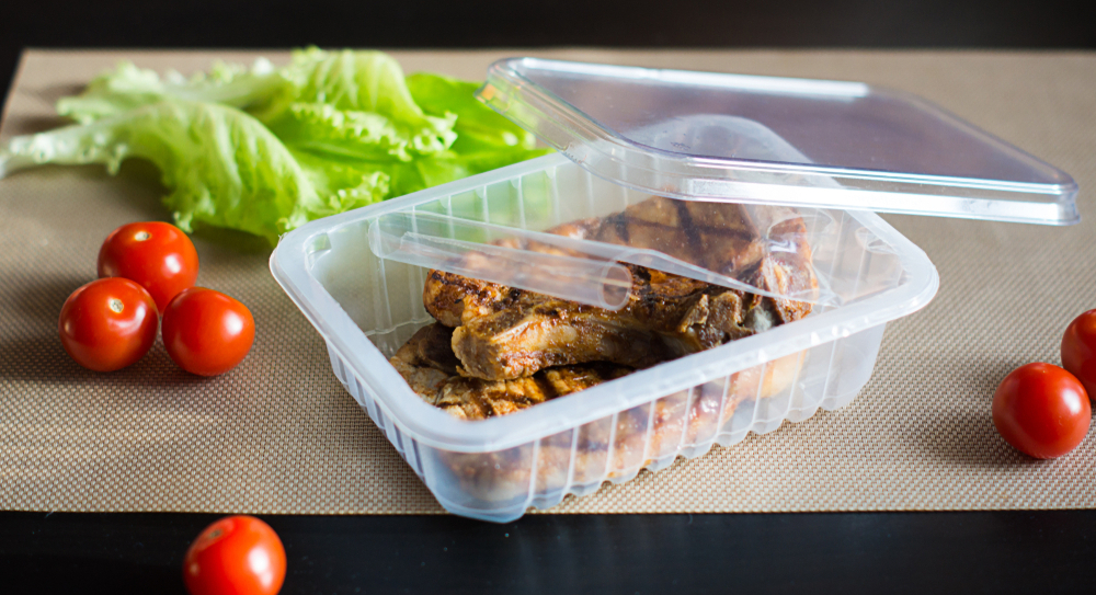 Tray sealed product with salad